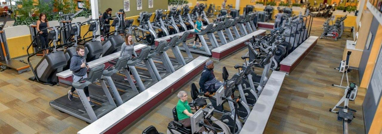 Photo of the fitness floor at Bronson Wellness Center